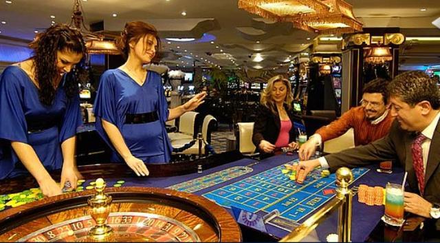 Rocks Hotel & Casino