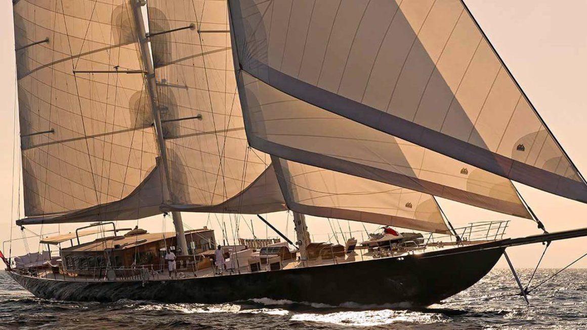 Regina Deluxe Yacht