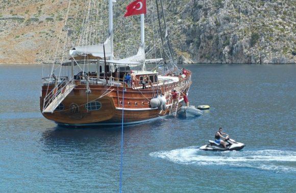 Kaptan Mehmet Bugra Gulet