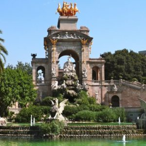 Welcome to Barcelona: Private Tour with a Local